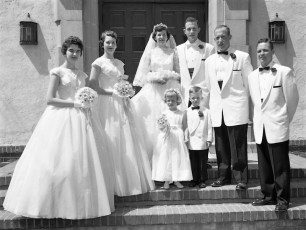 1957 Julie Kosmo & Paul Kelly (3)