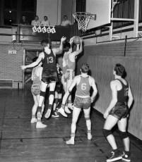 Chatham Basketball vs. Berlin 1956 (1)