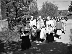 Ch of the Ressurection Blossom Festival G'town 1950
