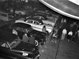 Auto Show Hudson Armory 1954 (2)
