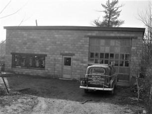 Bame's Marine  827 Union Hudson NY 1953 (3)