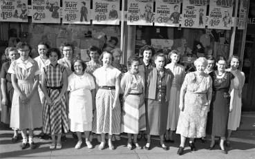 Newberry's Dept. Store employees Hudson 1954 (1)