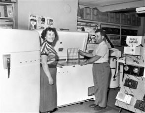 Sam's Radio Store Hudson 1954