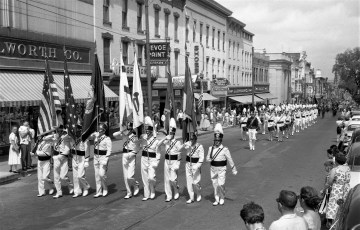 4th of July Parade Hudson 1957 (2)