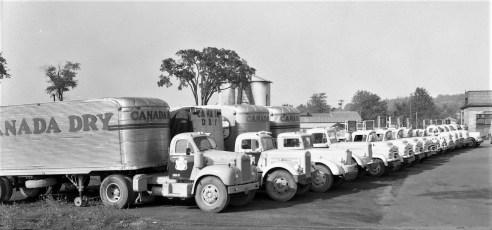 Canada Dry truck fleet Hudson Bottling Plant 1958 (1)