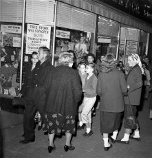First Thursday stores on Warren St. are open late Hudson 1957 (1)