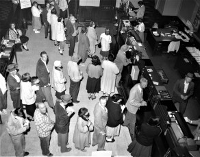 First Thursday stores on Warren St. are open late Hudson 1957 (3)
