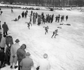 Oakdale Lake Hudson Lions Club Ice Carnival 1957 (1)