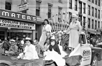 V.F.W. Parade Hudson 1957 (5)