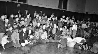 Xmas activities at the Hudson Boy's Club 1956 (1)
