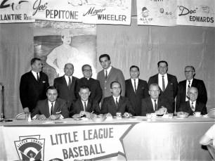 Hudson LL Banquet with Joe Pepitone 1964 (1)
