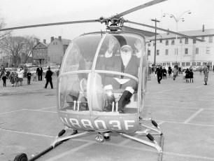 Santa arrives in Hudson by  helicopter 1963 (2)