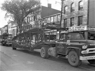 Soap Box Derby parade Hudson 1960 (3)