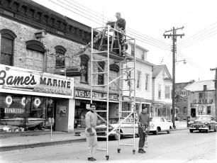 Xmas decorations on Columbia St. Hudson 1960