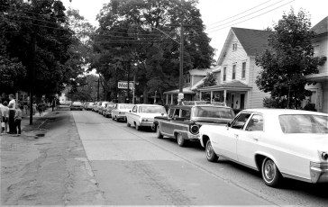 Col. Cty. Fair traffic tie-up Arlington Race Police Chief Chatham 1966 (2)