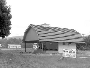 Dairy Queen new building Ghent 1962 (1)