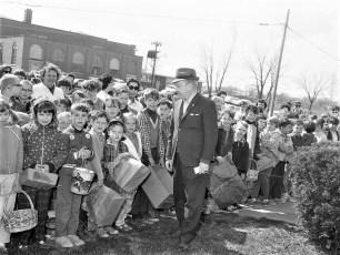 WHUC Radio Easter Egg Hunt Greenport 1968 (4)