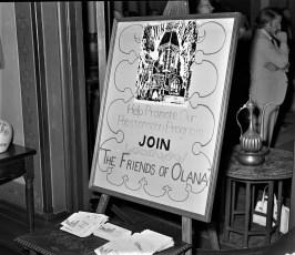 Olana Reception for Mr Huntington & Mrs. Livingston 1971 (5)