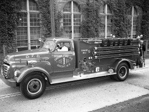 Greenport NY Fireman's Parade 1951 (14)