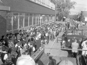 Hudson Fire Prevention Week St. Mary's Academy & 6th Street School 1963 (1)