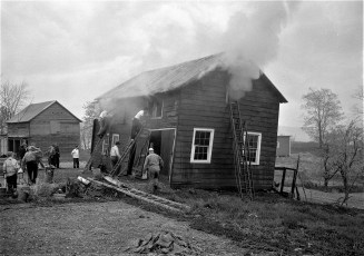 G'town Fire Charles Kronke's chicken barn Apr. 1951 (1)
