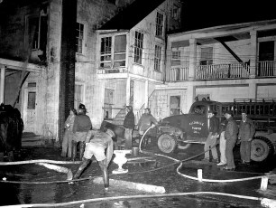Clermont Fire Burton Fraleigh's apartment house Apr. 1960 (6)