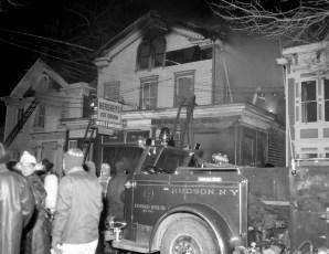 Hudson Fire 44 N. Fifth St. Waltermire's Store Jan. 1965 (2)