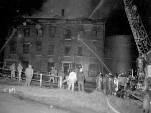 Hudson Fire Old Hotel Ferry St. May 1963 (1)