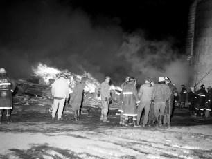 Livingston Fire Stanley Voorhees Cow Barn Rt. 9 Feb. 1965 (3)