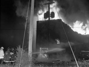 Hudson Fire Glue Factory Feb. 1975 (8)