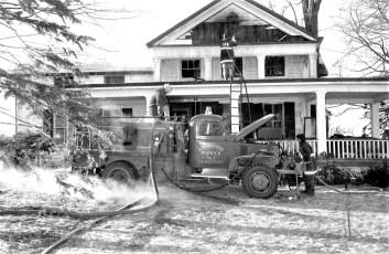 Livingston Fire Hugo's Ranch Rt. 10 Jan. 1972 (4)