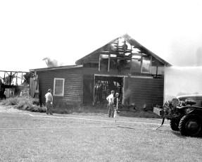 Livingston Fire Paszko Farm barn Manorton Sept 1971 (7)