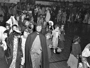 GCS Halloween Party 1952 (2)