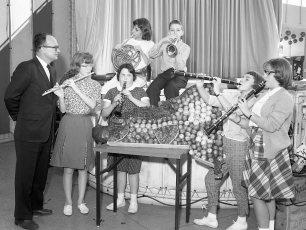 GCS Band at World's Fair 1964 (2)