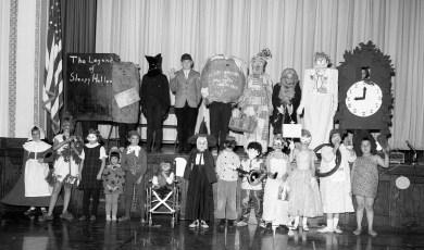 GCS Halloween Parade by Class 1964 (2)