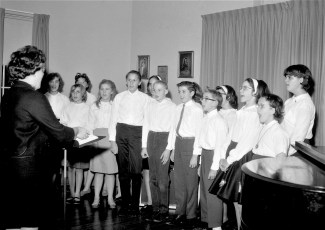 GCS Jeffersonian Club performs at the Adventist Home 1965