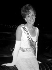 GCS School Girl Queen Contestant Patricia Griffin 1967