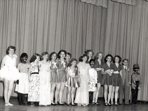 Ruth Miller Dance Recital at GCS 1949 (10)