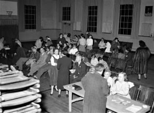 Blood Typing Service Dr. Patricia Wanning of G'town in charge Greenport School 1955 (1)