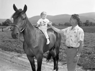 Ben Ackley with new addition to the stable Empire Farm Copake 1962 (2)