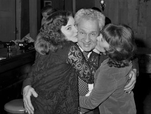 Howard at G'town Lions Club meeting with two fans 1975