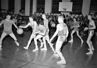 Hudson High School Varsity Basketball 1957 (8)