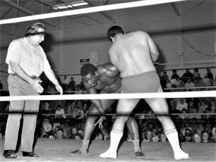 Loyal Order of Moose present Pro Wrestling at Hudson High School 1974 (6)