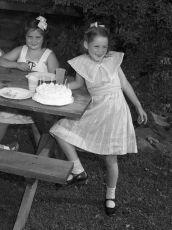 Chippy Crawford's Birthday July 1951 (2)