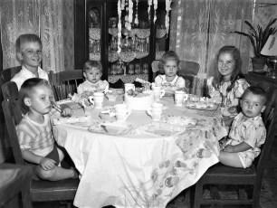 DeWitt birthday party Cheviot 1950