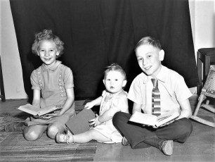 Edison & Emma (Denegar) Lasher family 1950 (2)