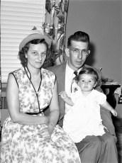 Mr & Mrs Holsapple with Gigi 1953