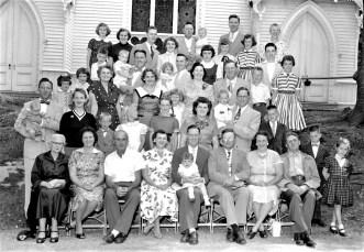 Mrs. David Rhudy's Family reunion G'town 1955 (1)