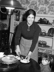 Linda Liepshutz Saulpaugh & Laurel 1971