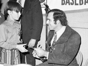Elk's LL Awards Banquet with NY Yankee Mike Kekich 1972 (5)